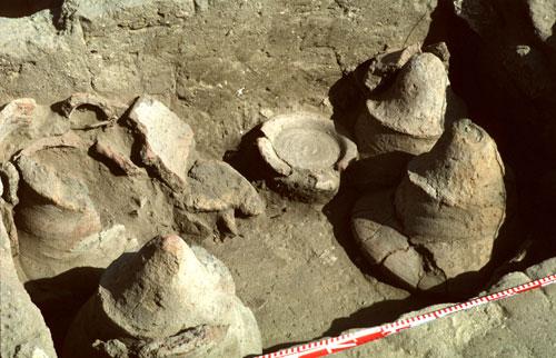 The ancient bedja.金字塔遺跡-麵包